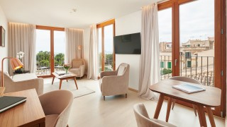 Es Princep Signature Suite Seaview