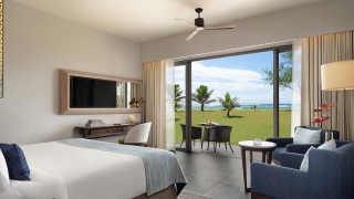 anantara iko mauritius gallery 2 guestroom with view